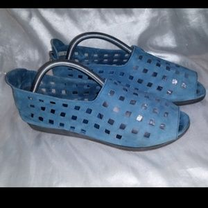 Arche Drick Blue Nubuck Leather Flat